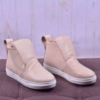 Женские ботинки RV3042